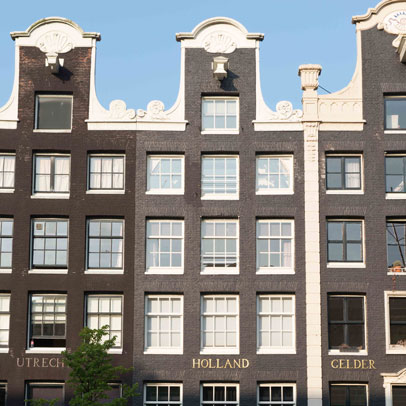Dutch lawyer specialized in conteract law